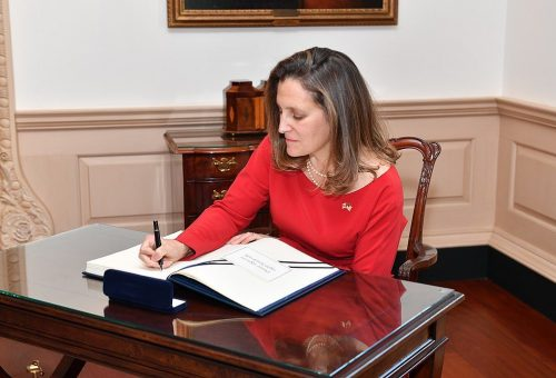 1024px-Canadian_Foreign_Minister_Chrystia_Freeland_signs_the_Department_of_State_Guest_Book_-_2018_28175736828.jpg
